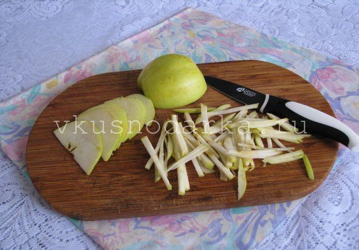 Вкусный салат со свеклой и яблоками