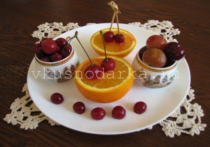 Как приготовить десерт из замороженных ягод
