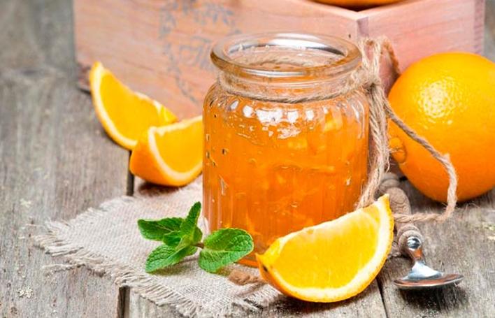 Варенье из апельсинов с яблоками и корицей