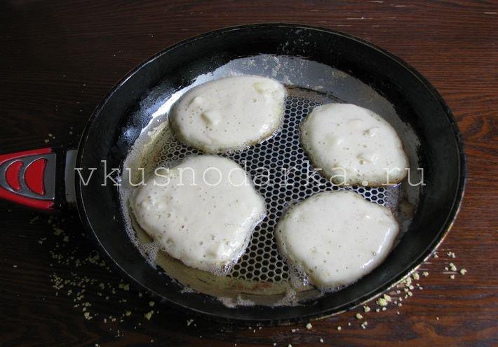 На сухих дрожжах и кефире пышные рецепт с пошагово