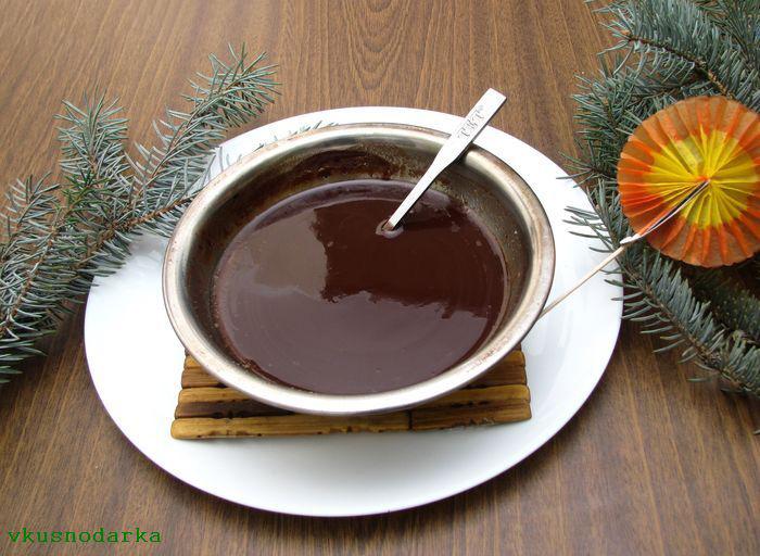 Взбиваем кусочки шоколада и сливочного масла