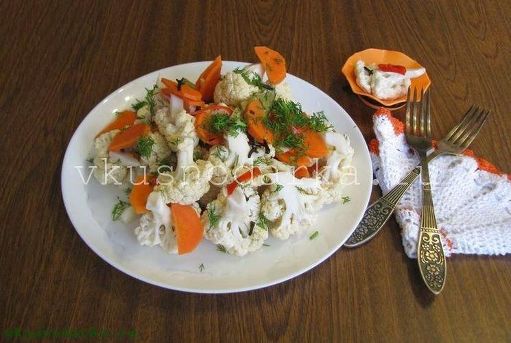 Подача на стол маринованной цветной капусты