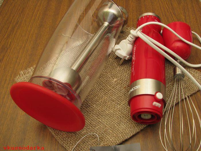 Взбивание жидких смесей и теста с помощью SHB 4364 RD