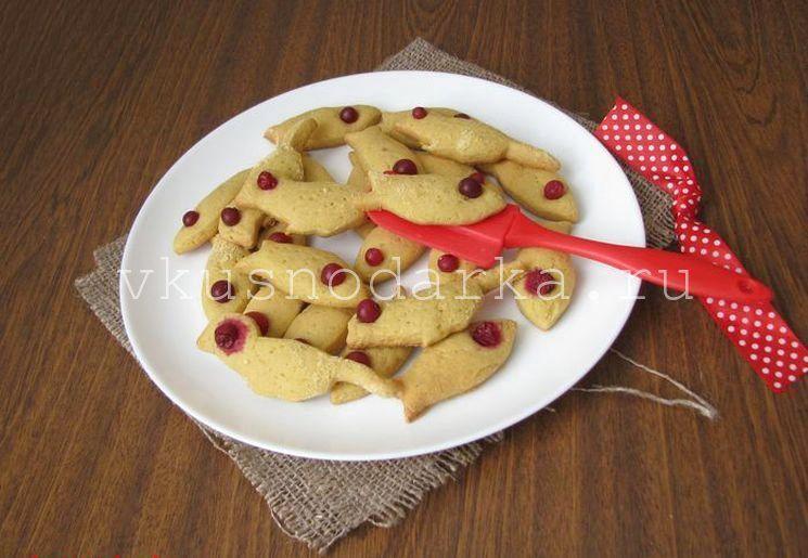 Готовим печенье из кукурузной муки с добавлением клюквы