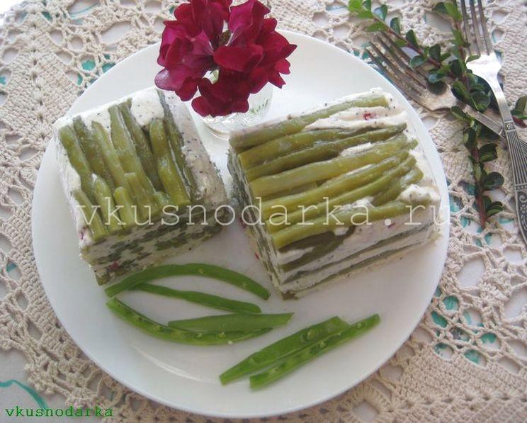 Овощной террин с добавлением творога и спаржевой фасоли