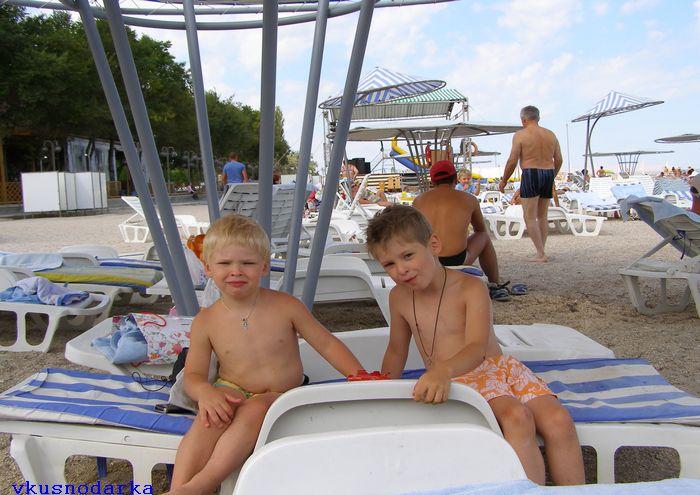 Отдых на базе Волна в с. Стерегущее в Крыму с детьми
