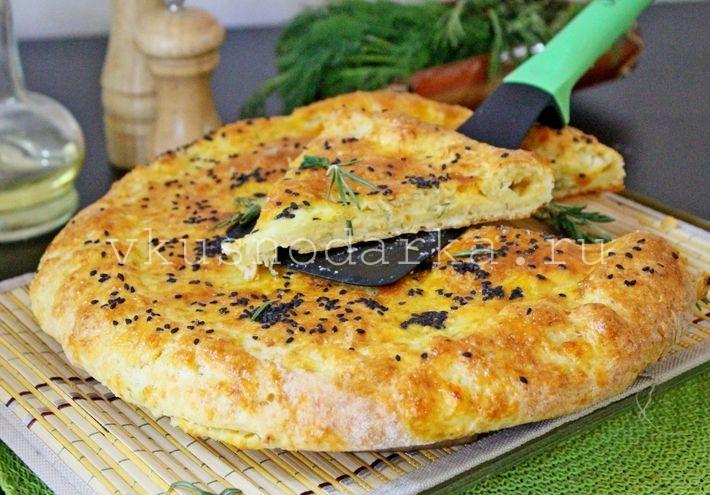 Рецепт сырных лепешек: начинкой из сыра и творога