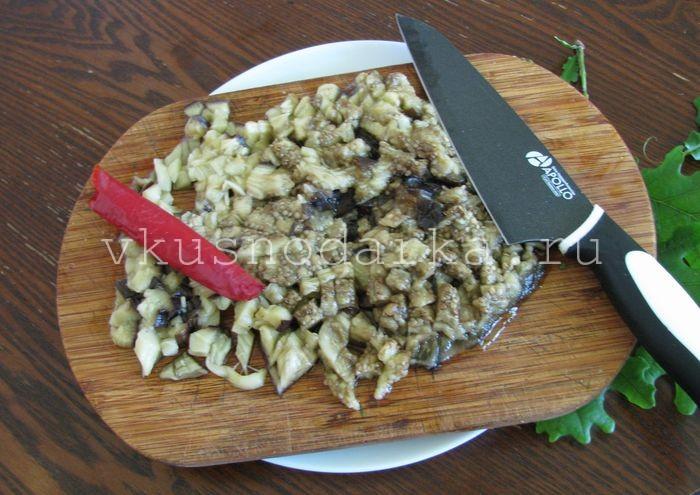 Баклажаны с орехами по грузински