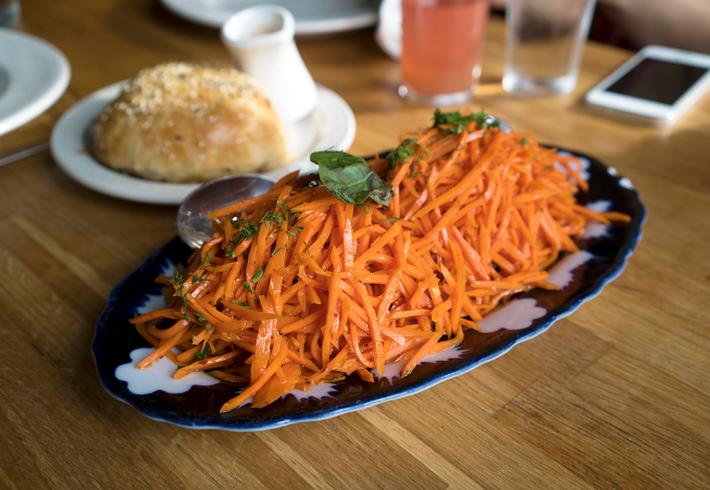 Классический рецепт приготовления салата из корейской моркови