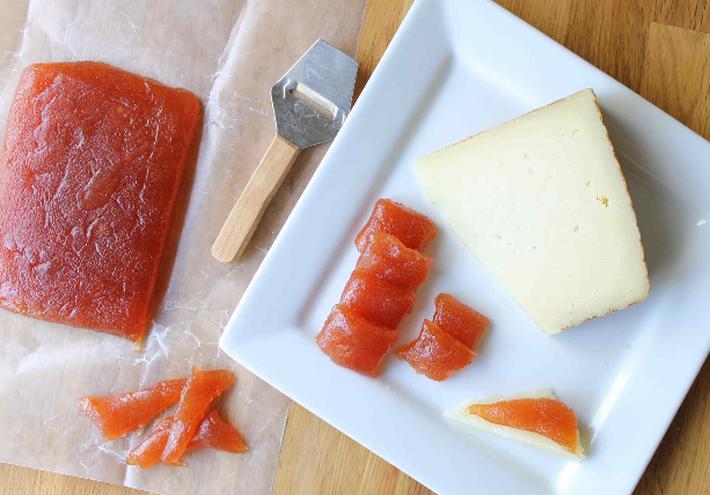 Сыр из айвы