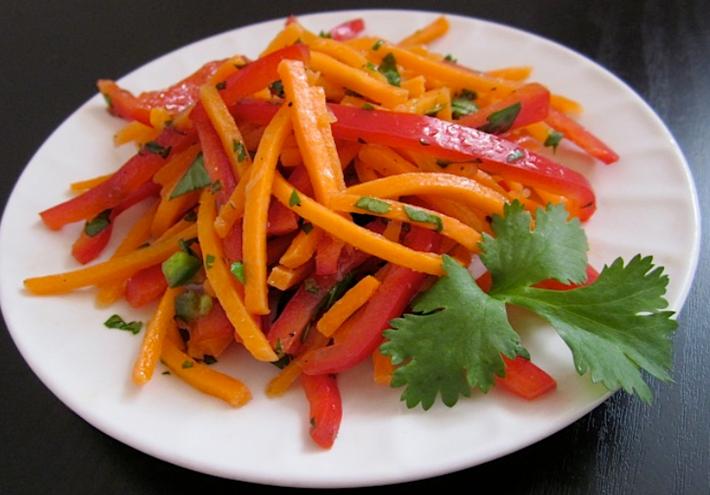 Салат из корейской морковки с болгарским перцем