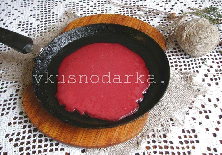 Свекольные блинчики - рецепт приготовления блинчиков с фото